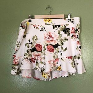 Ashley Stewart Floral Print Shorts NWT